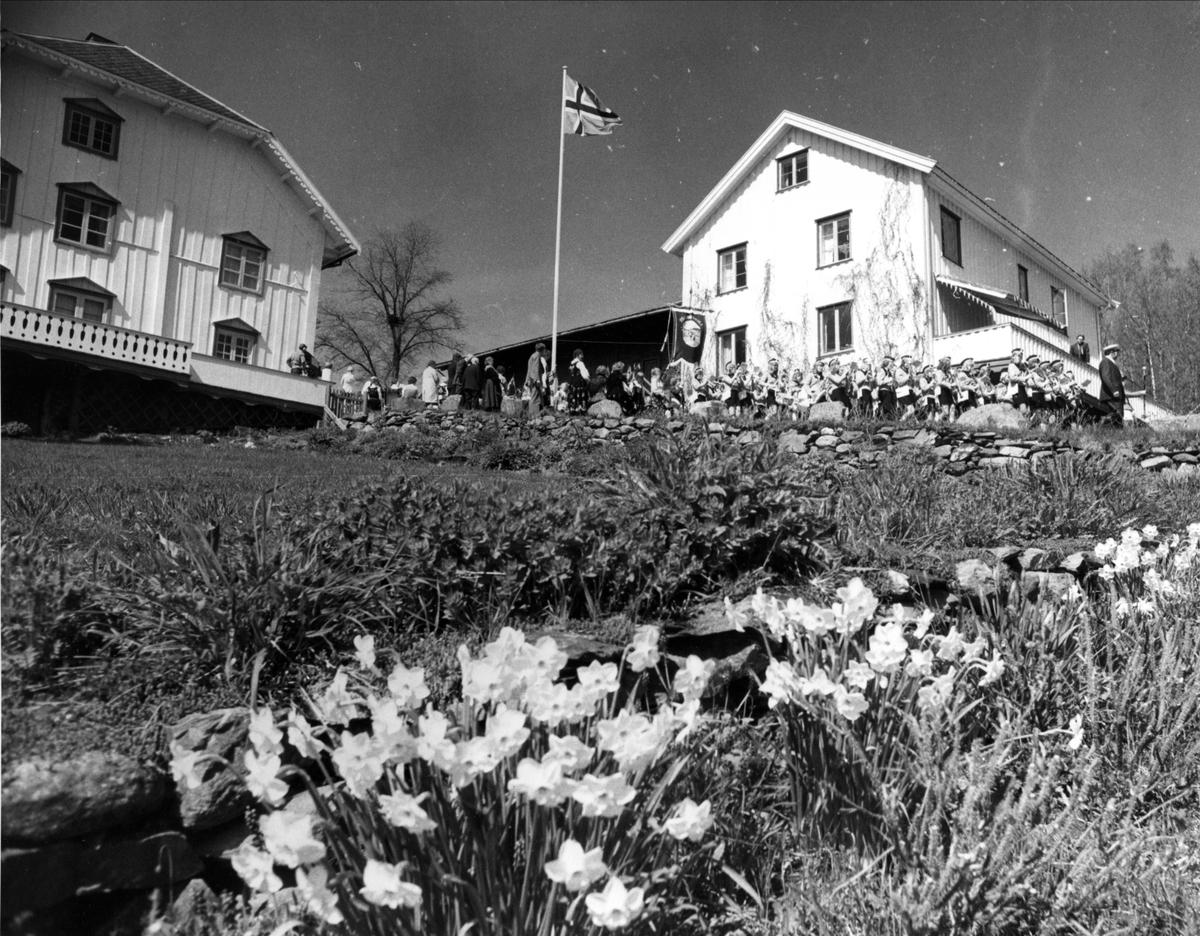 DOK:1975, Aulestad, jubileum, 17. mai, hage,