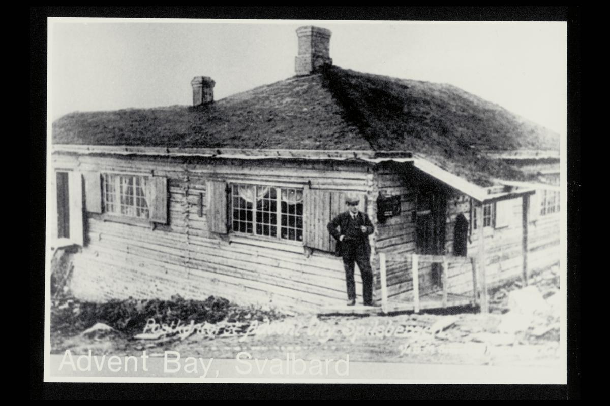 eksteriør, postkontor,  Advent Bay, postkasse, mann