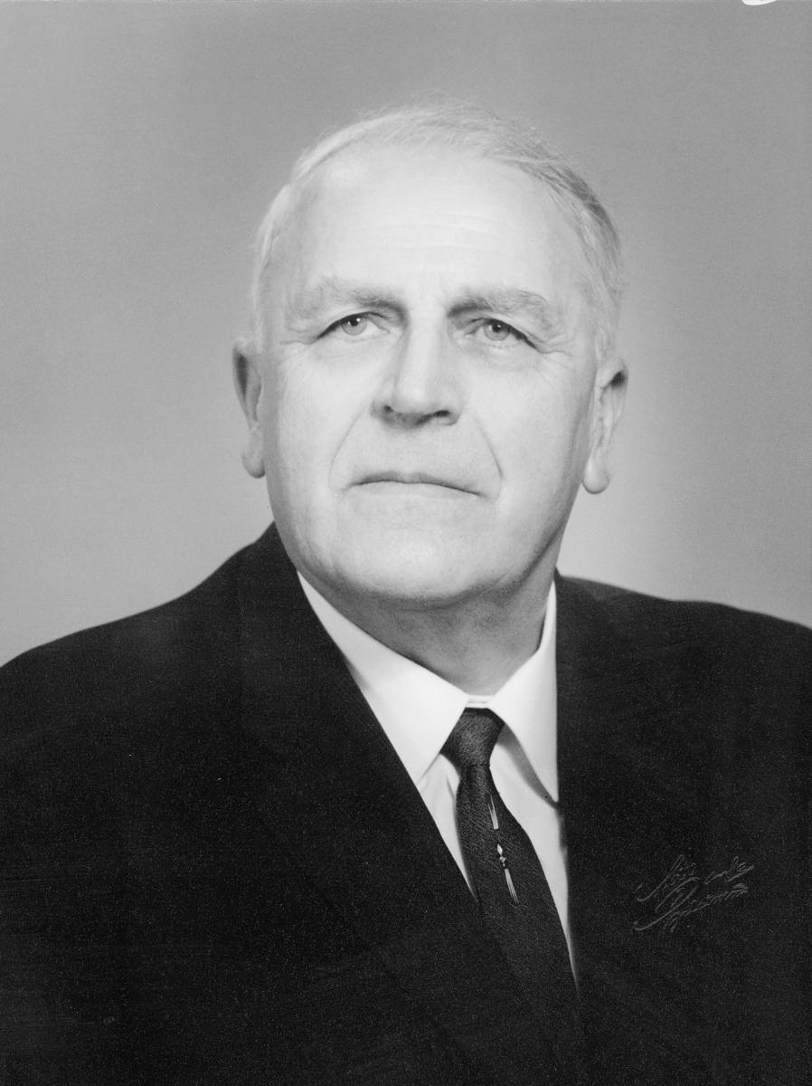postmester, Moe Martin Birger, portrett