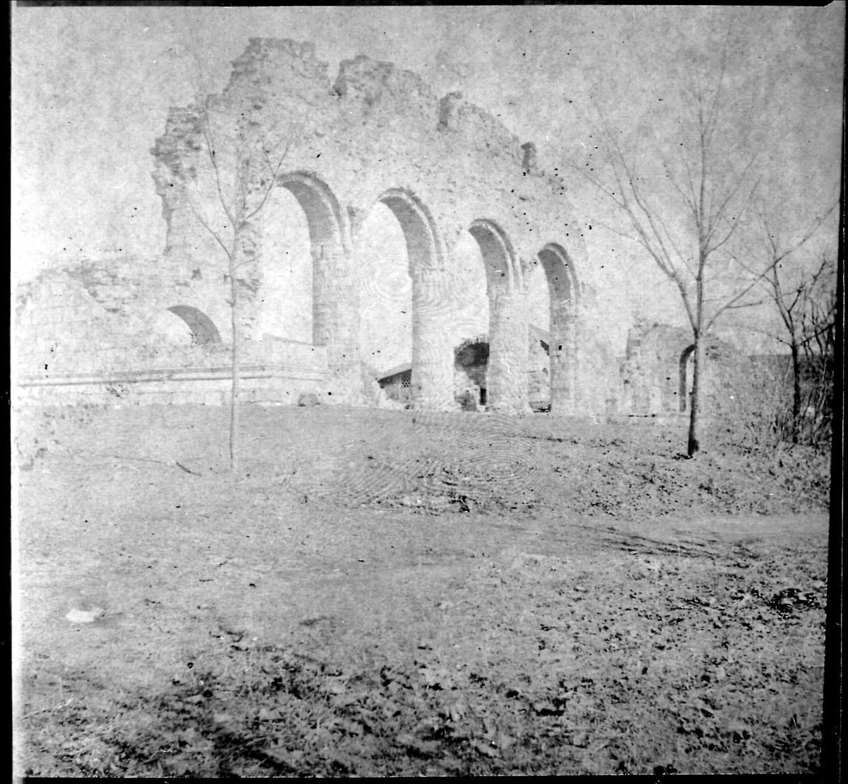 Hamar Domkirke, ruin,