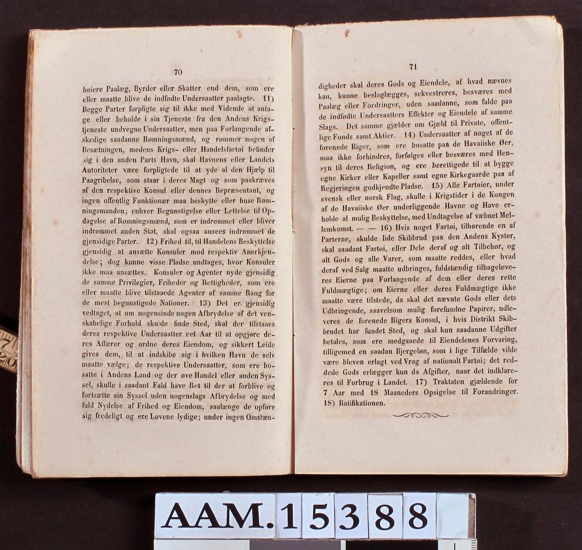 Sømands Aarbog for 1856 af J. C. Knudsen,   Øvertoldbetjent og Dispacheur.arendal 1857.   I Komission hos Eilert Omholt.   T. D. Hjorthøys Bogtrykkeri.  Gult (skittent) papiromslag, 116s.