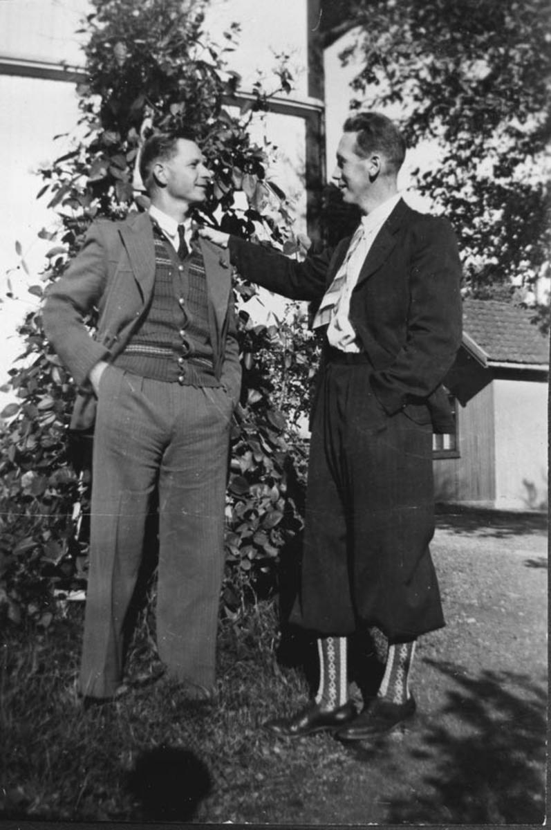 Rando Hansen og Otto Haggren der Gamlevn. og Nordbyvn. møtes
