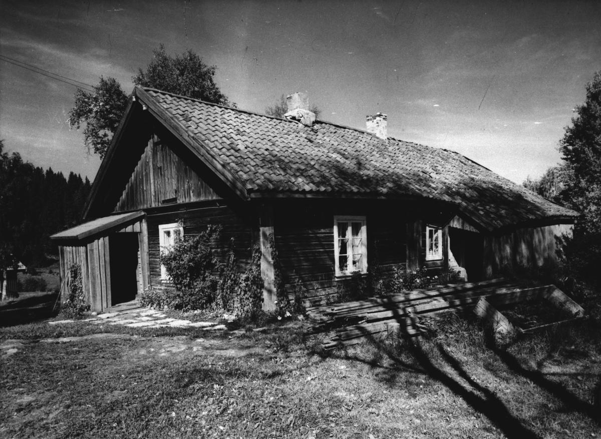 Våningshuset på Skullerud gård.