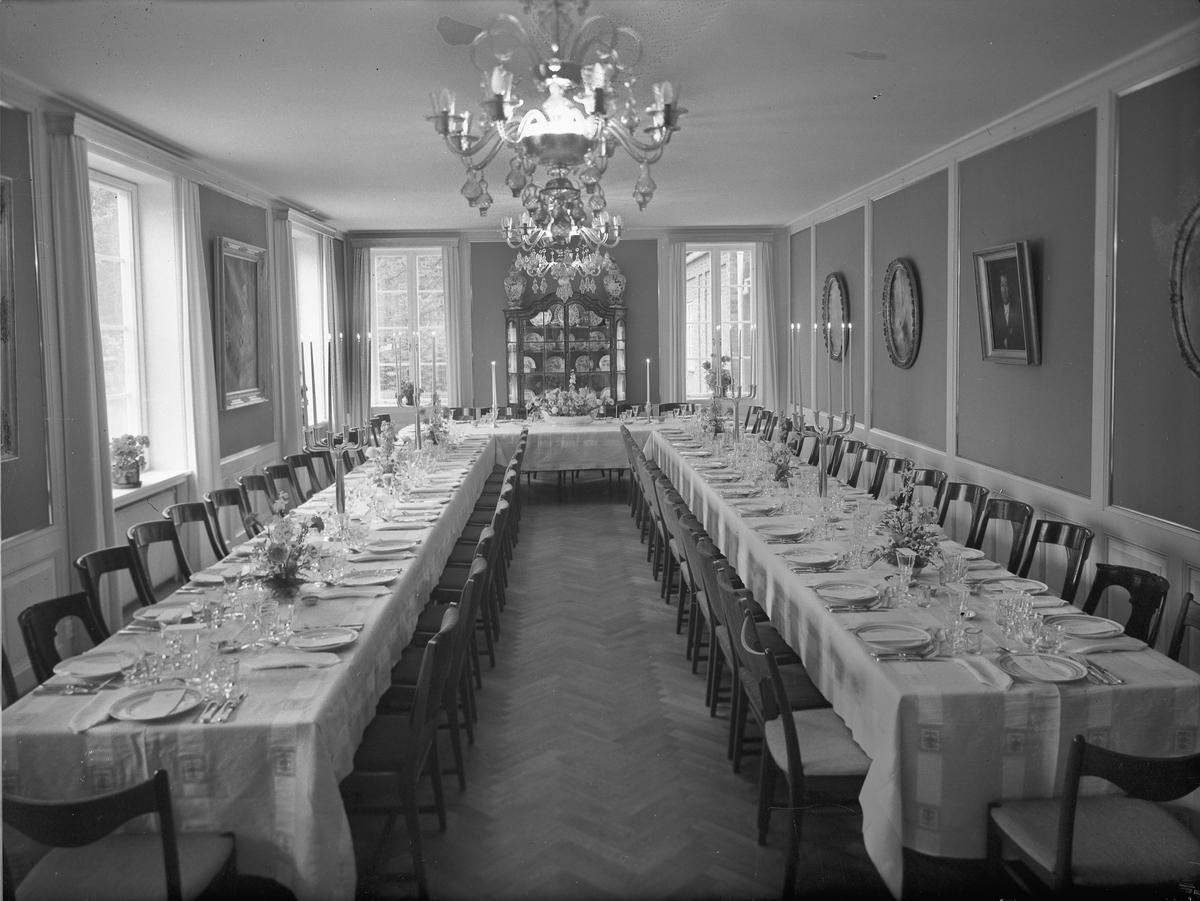Interiør, spisesal. Mathiesen Hovedgård, Eidsvoll Verk?