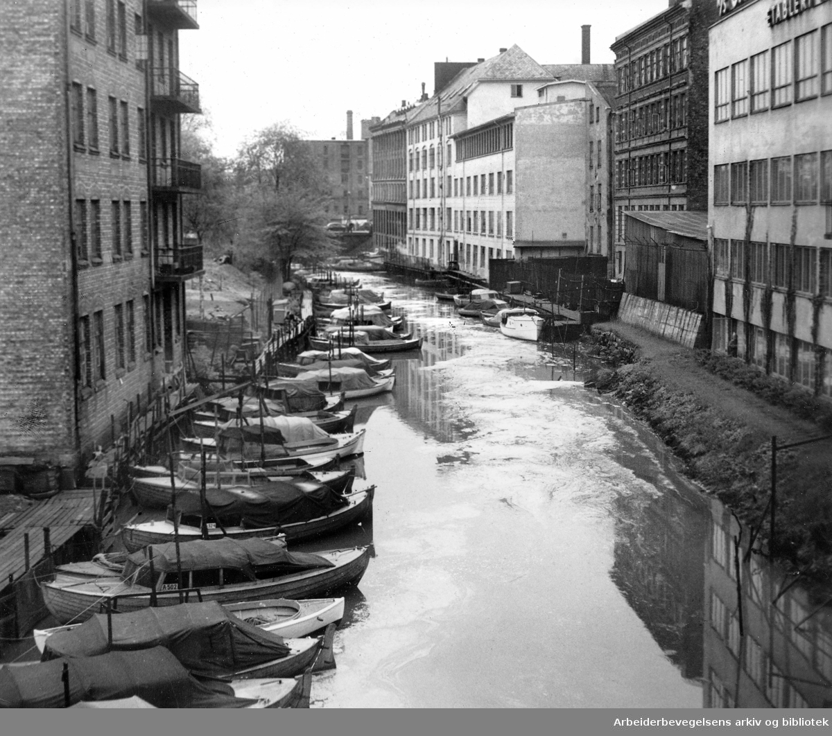 Akerselva båtforening ved Grønland, mai 1953.
