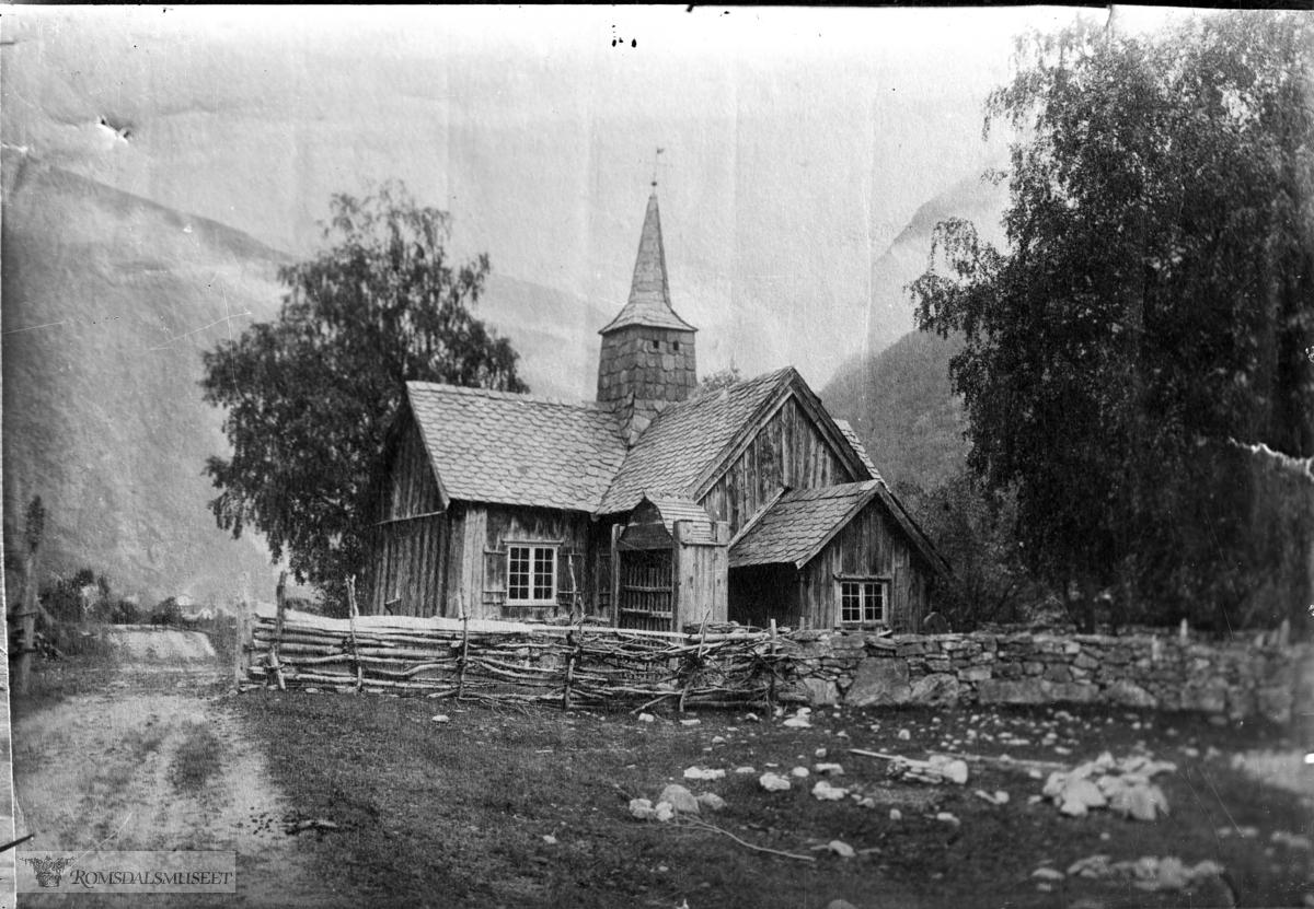 Kors kirke før flytting til Monge i 1901...(Avfotografert av Edvard Sæterbø f.1876 d.1957)