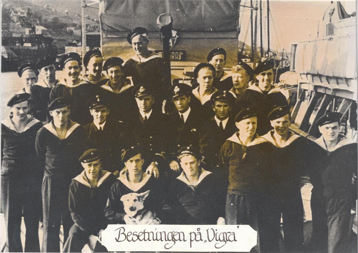 Bilde av besetningen på undervannsbåtjageren Vigra under 2.verdenskrig.