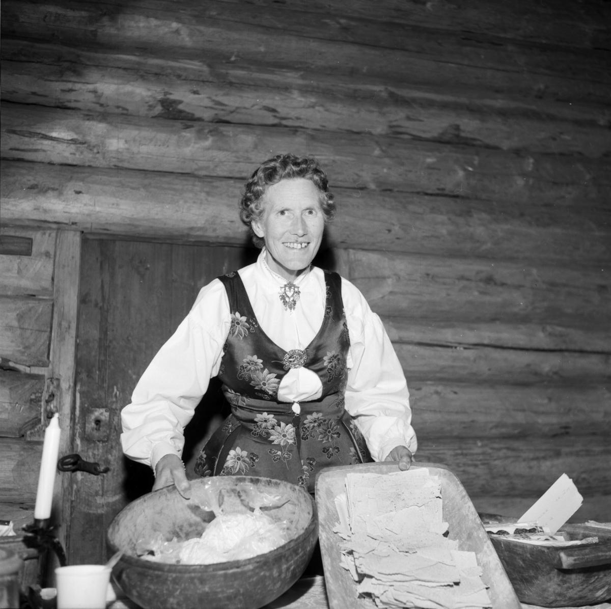 Margit Holm