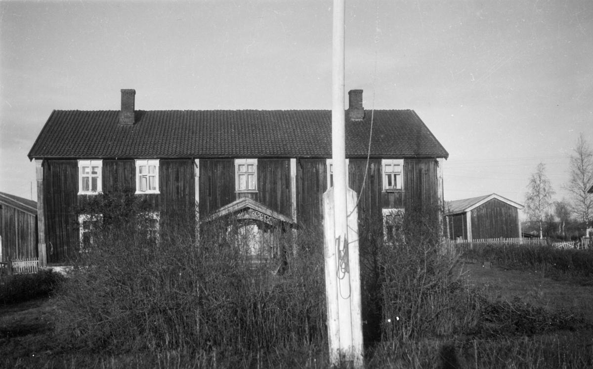 Ukjent, stort hus