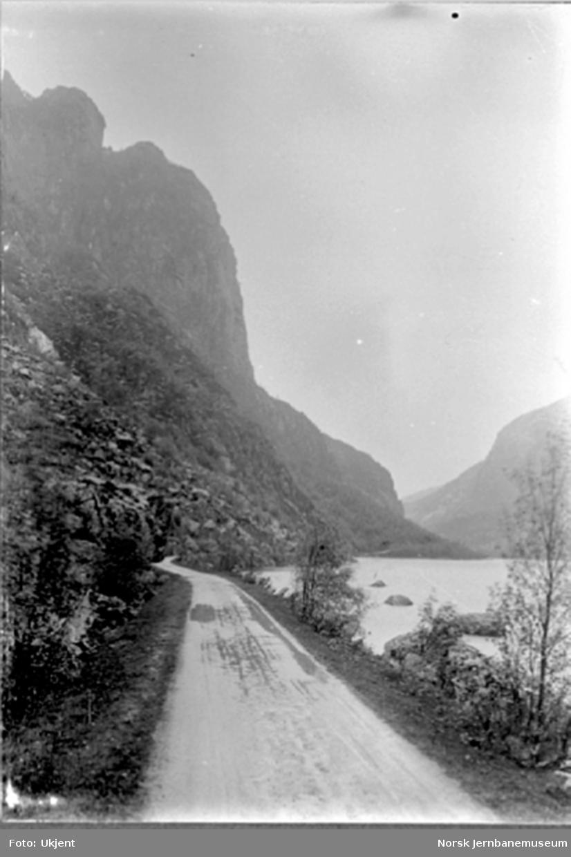 Fra Flekkefjordbanen før anlegget, parti fra Drangsdalen med utsikt mot Øiktofjell