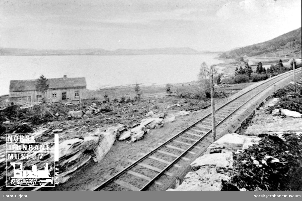 Utsikt fra Gjevik, Hell-Sunnanbanen