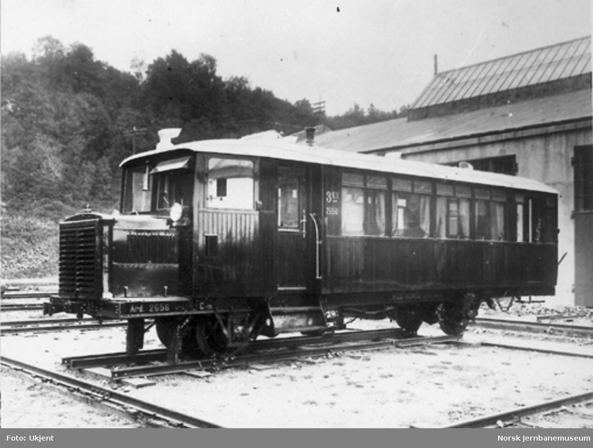 Bensinmotorvogn for smalt spor litra Cmb nr. 2656 for Treungenbanen før levering fra Verkstedet Marienborg