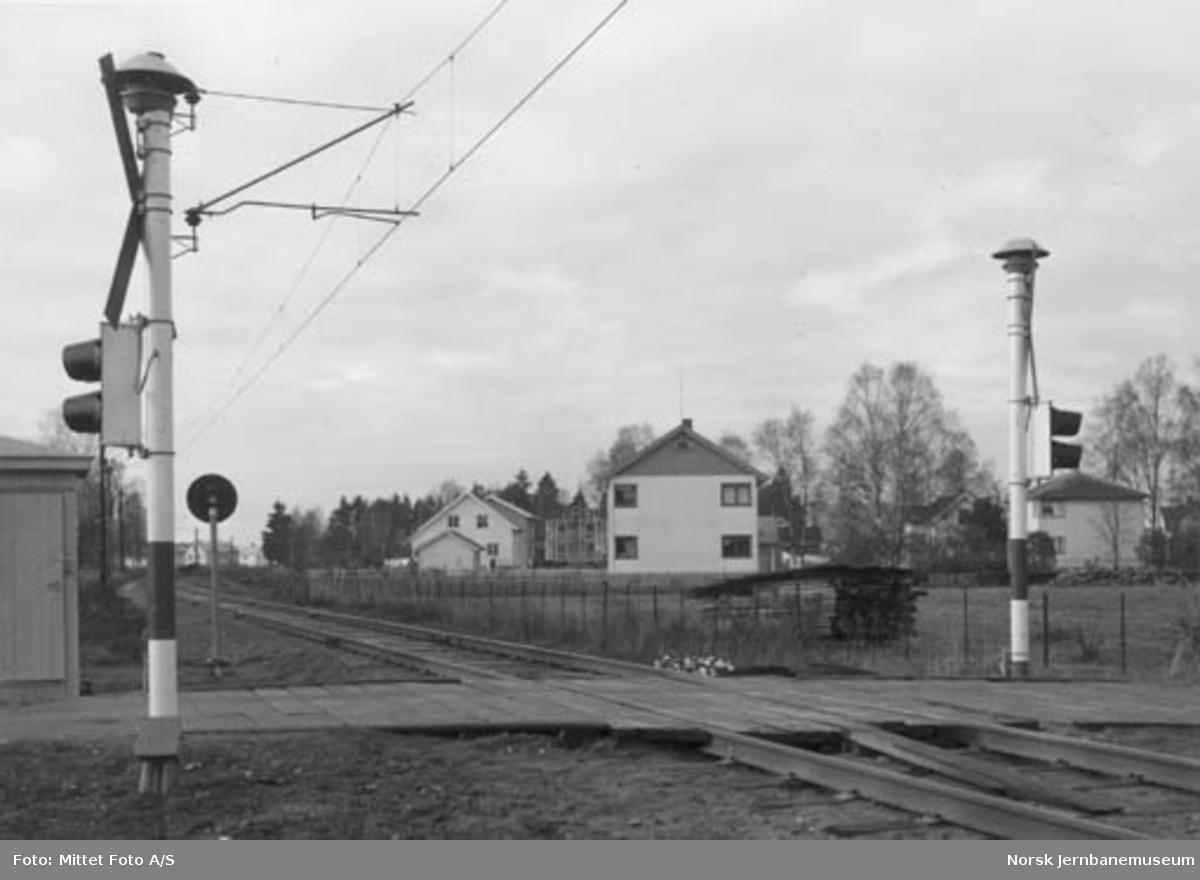 Løken planovergang på Østfoldbanen Østre linje, km 30,34