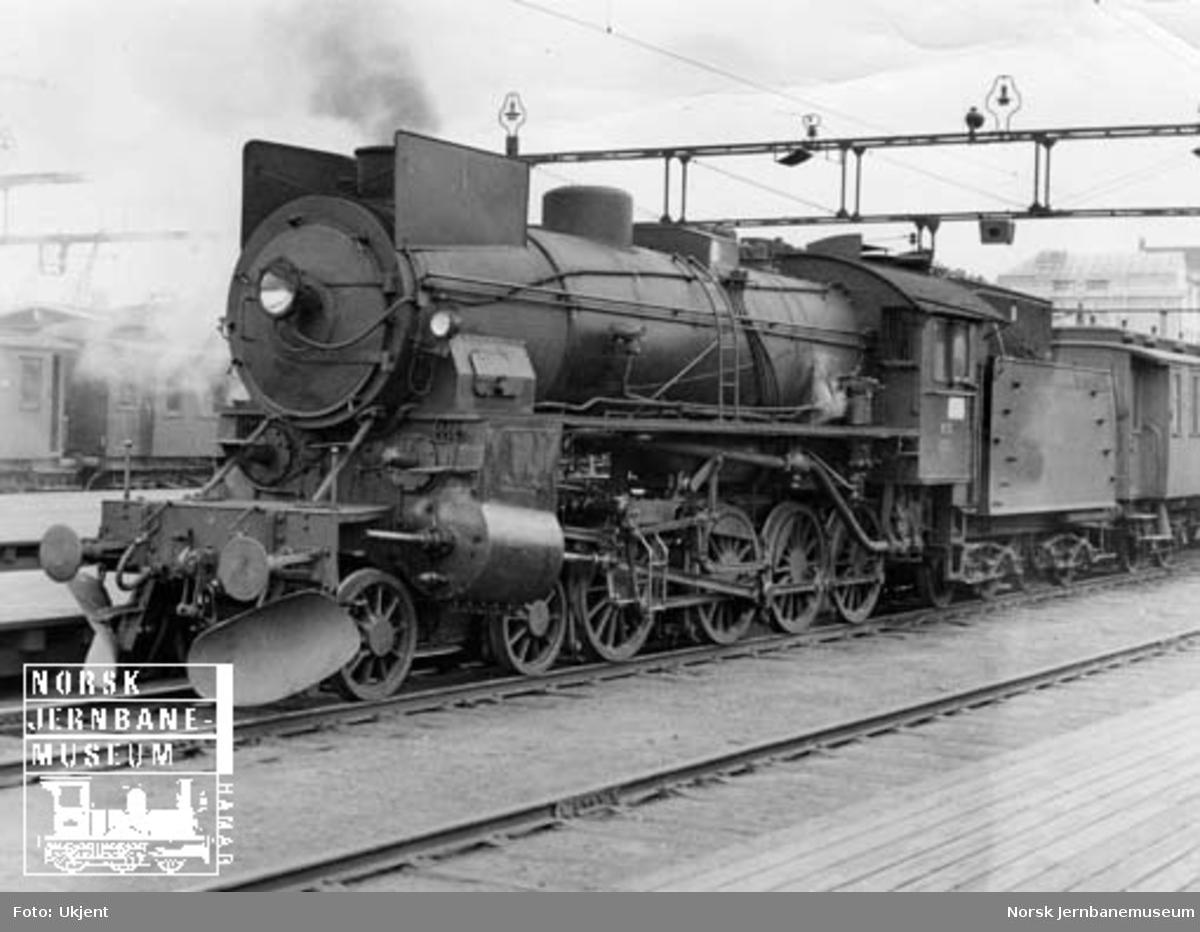 NSB damplokomotiv type 31b nr. 450 på Oslo Ø