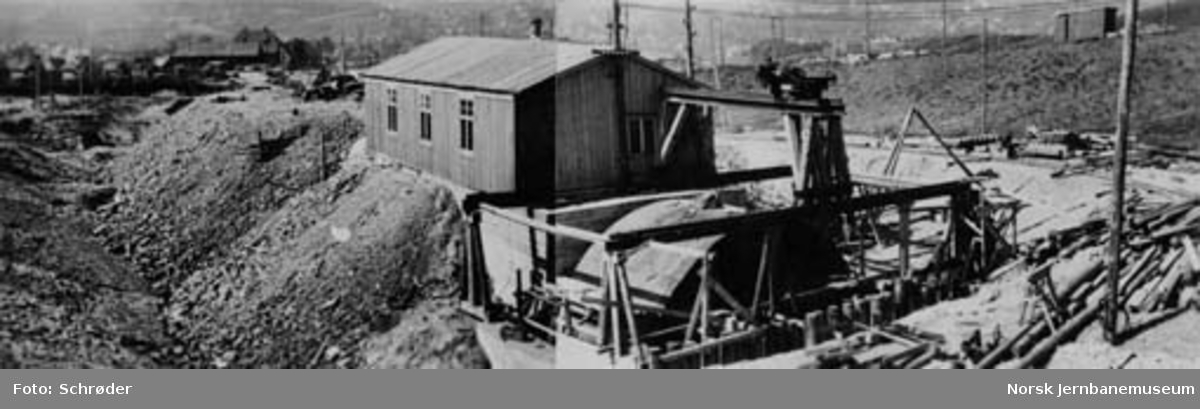 Tyholttunnelen : montering av skjold