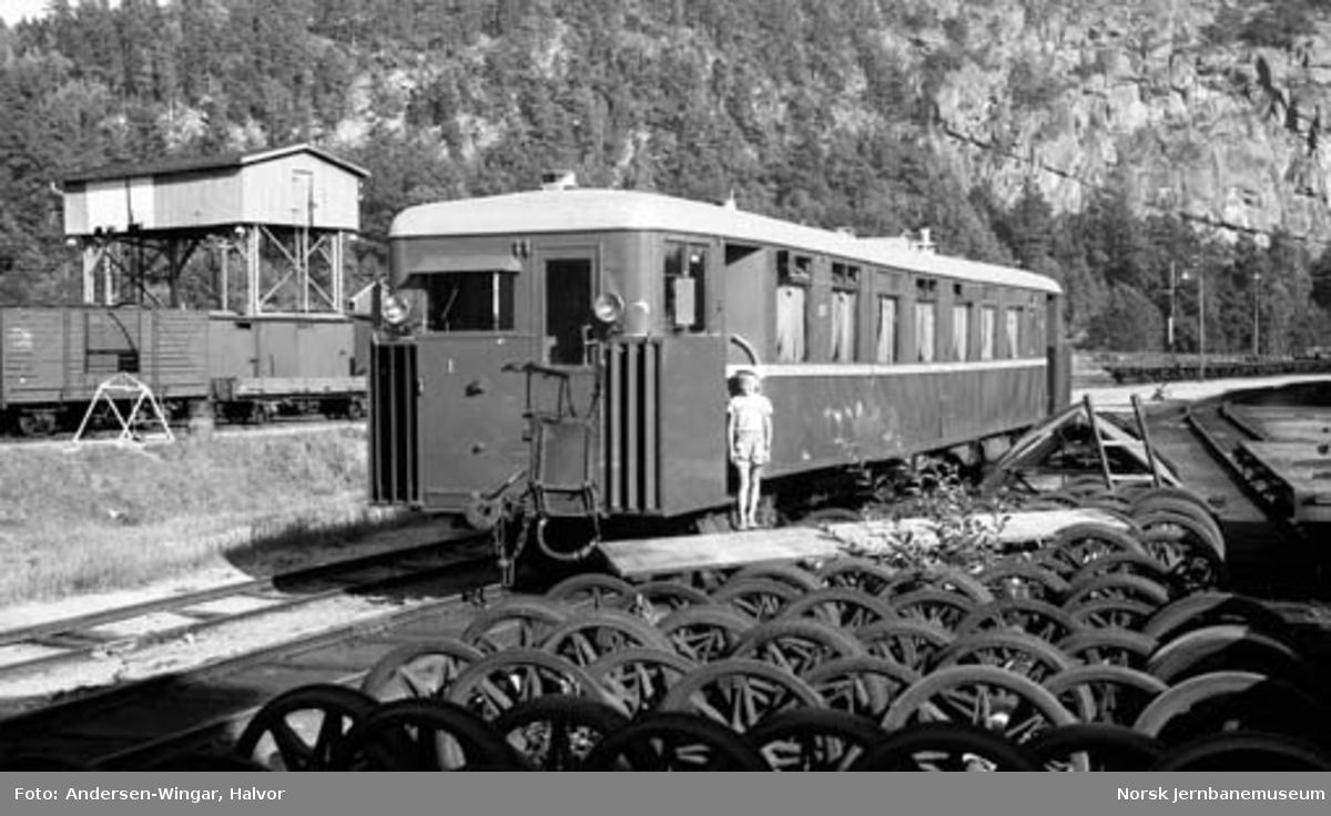 Setesdalsbanens motorvogn litra Bmbo nr. 2675