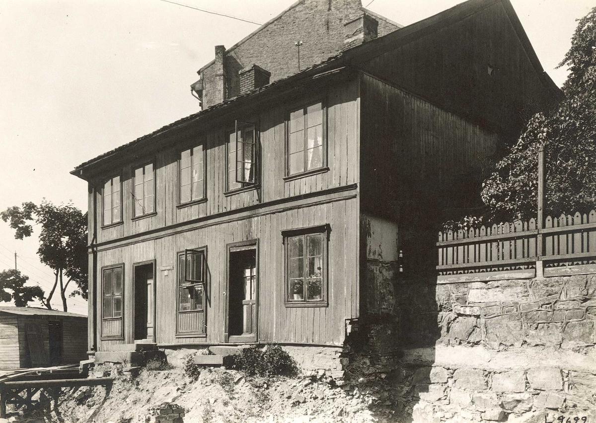 Bolighus i St. Halvardsplass 2, Oslo.