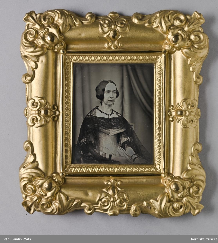 Drottning av Sverige och Norge, regent 1844-1859