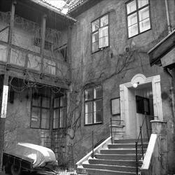 Rådhusgata 7, Oslo, 13.12.1960. Bygning, gårdsrom.