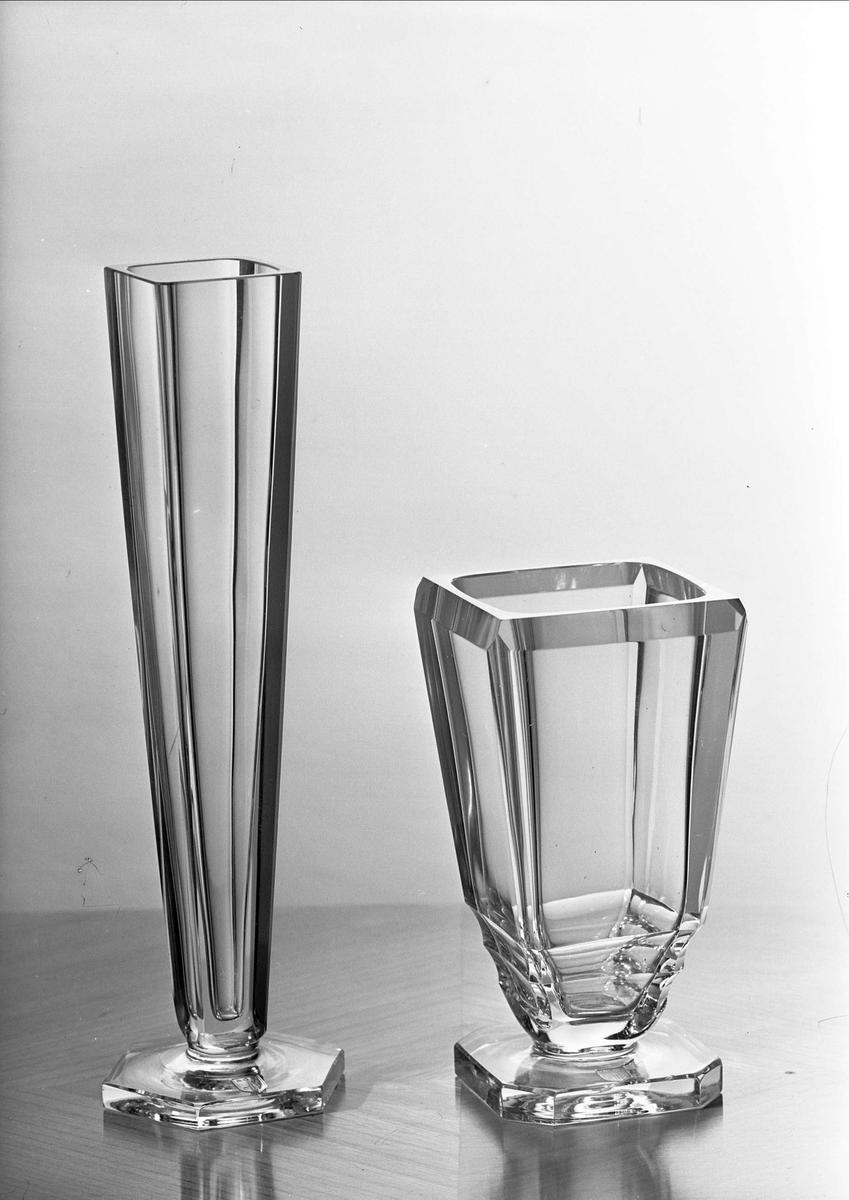 Vaser av glas, Uppsala 1953