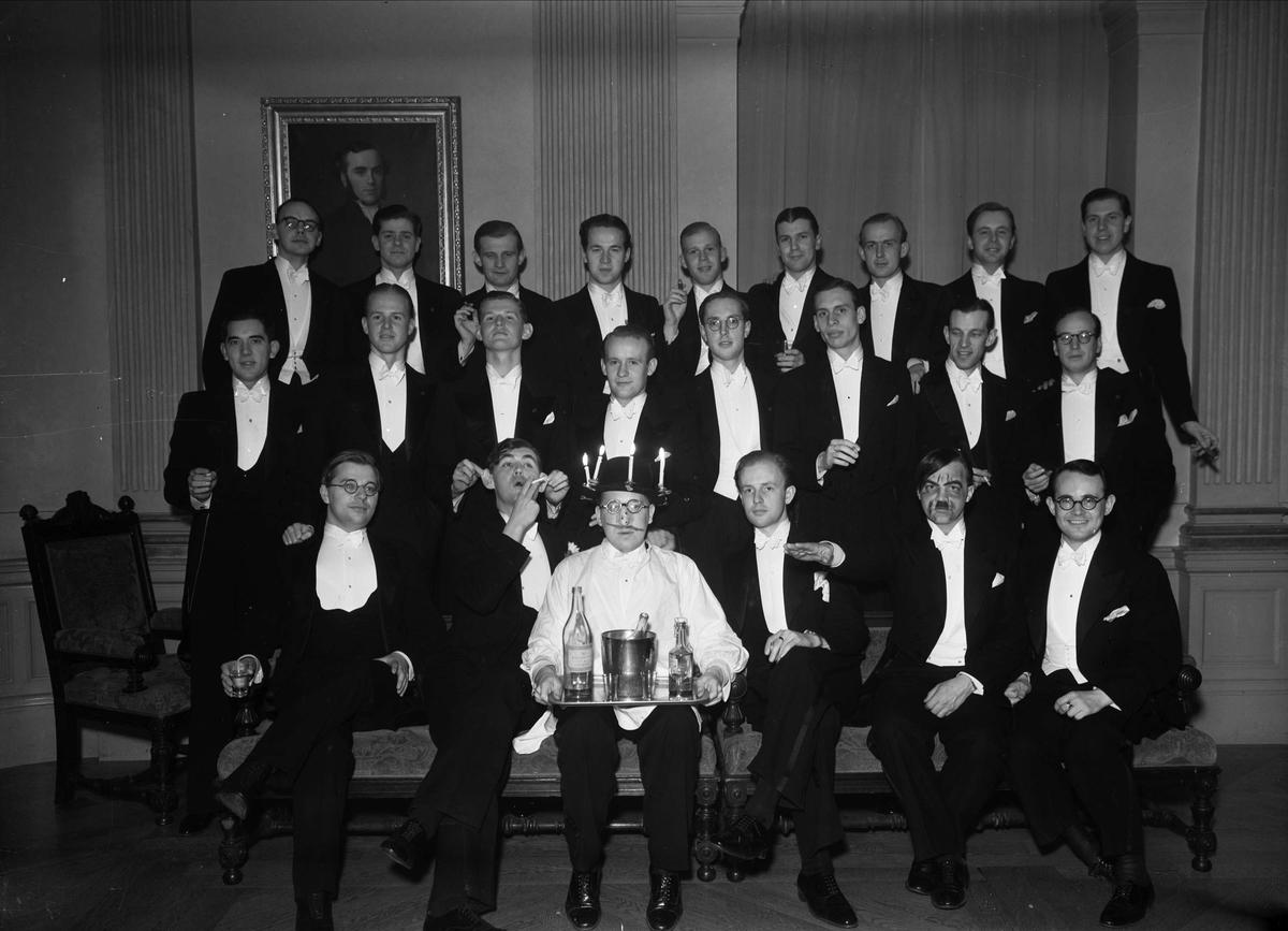 b9e8f4c7dc93 Grupporträtt - män i frack, Uppsala 1938 - Upplandsmuseet ...