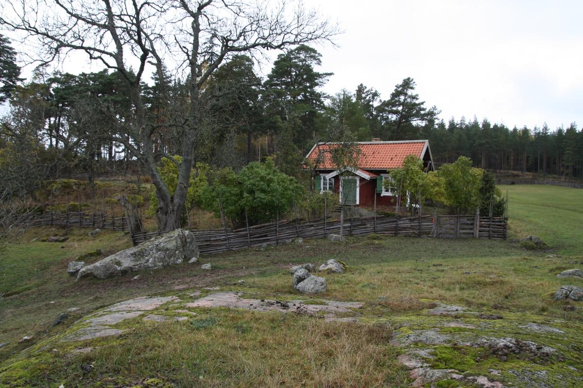Ryttartorpet på Linnés Hammarby, Danmarks socken, Uppland 2012