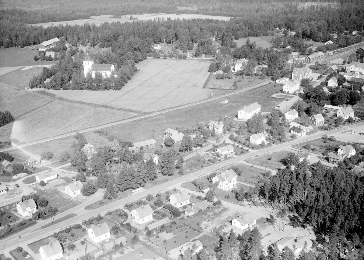 Flygfoto över Tärnsjö, Nora socken, Uppland 1958