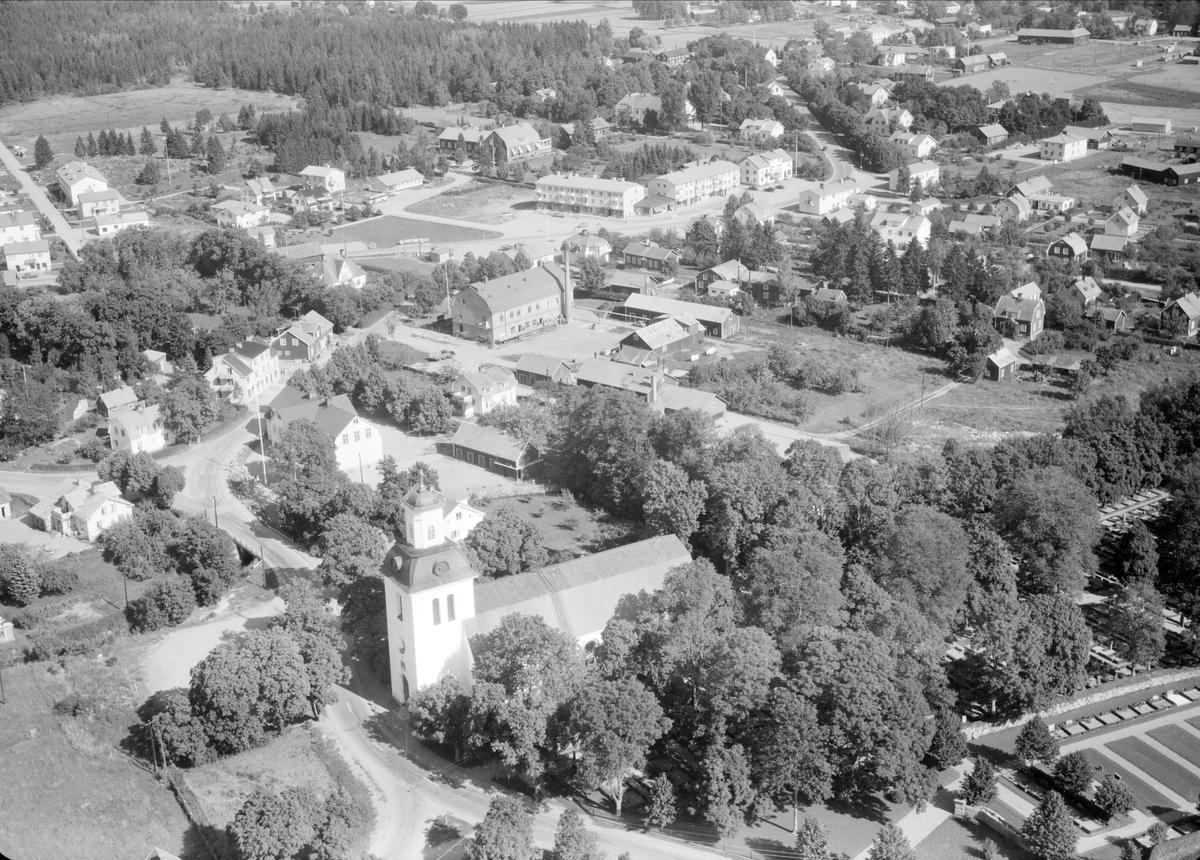 Vy över Östervåla, Östervåla socken, Uppland 1958