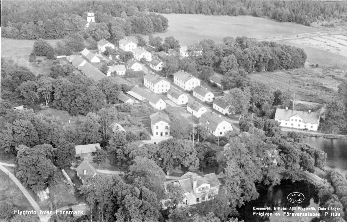 Flygfoto över Forsmarks bruk, Forsmarks socken, Uppland 1954