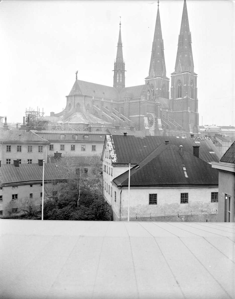 Akademikvarnen och Uppsala domkyrka, Uppsala 1941