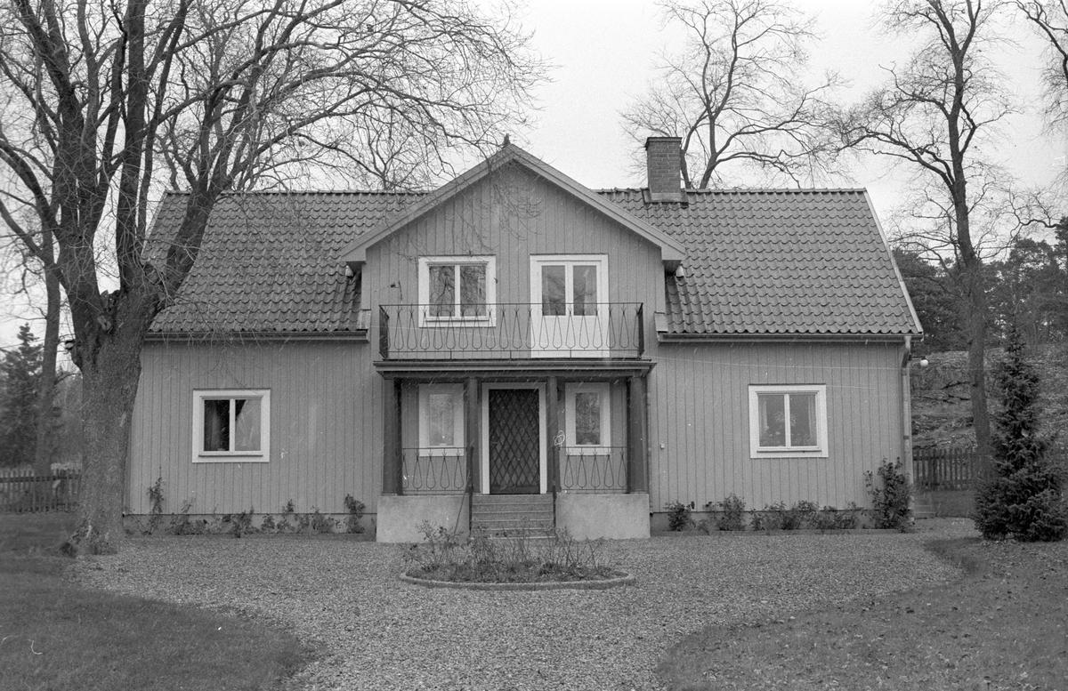 Mangårdsbyggnad, Knivsbrunna, Danmarks socken, Uppland.