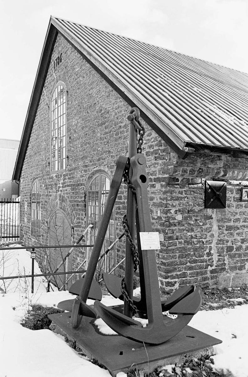 Den mindre ankarsmedjan, uppförd 1786, Söderfors bruk, Uppland 2000