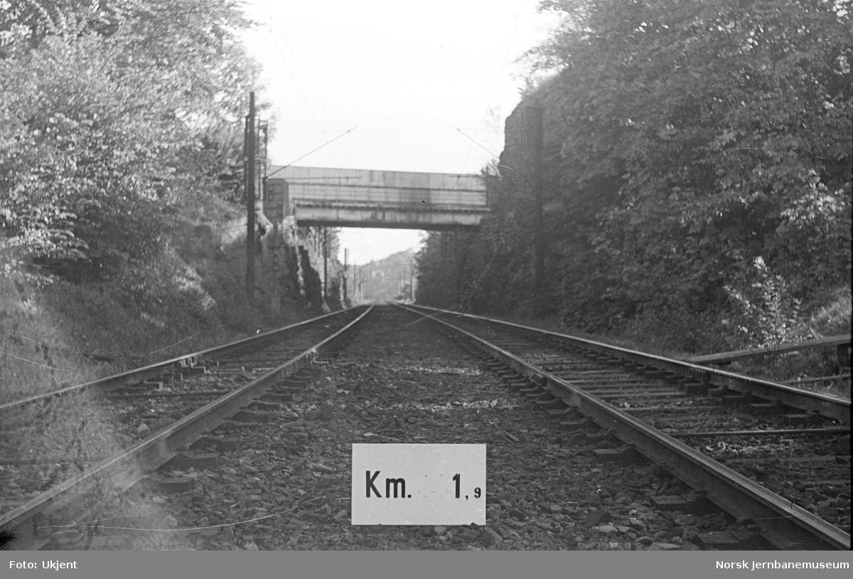 Hovedbanen : linjeføring km 1,9