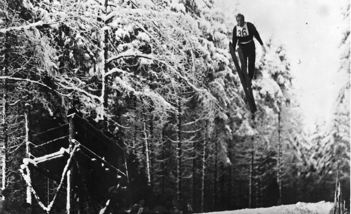 Sigmund Ruud i VM i Oberhof 1931. Sigmund Ruud in the World Championship in Oberhof 1931.