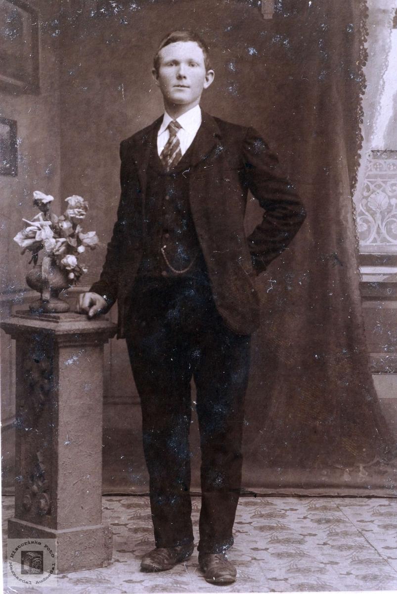 Portrett av Fredrik T. Flottorp. Grindheim Audnedal.