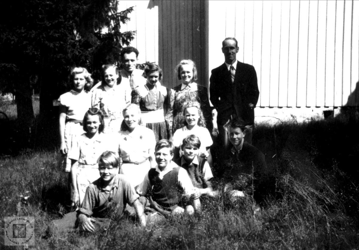 Konfirmasjon i Bjelland i krigsåret 1944.