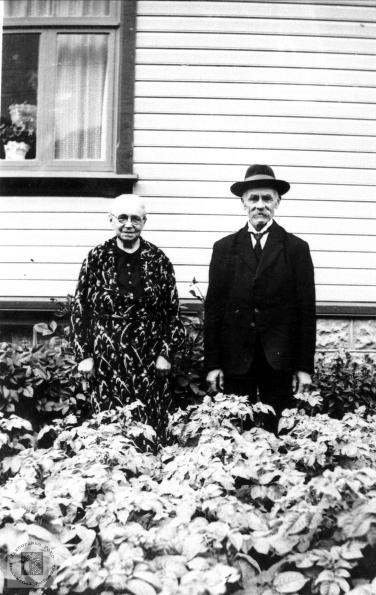 Ekteparet Marie og Ole Røynesdal