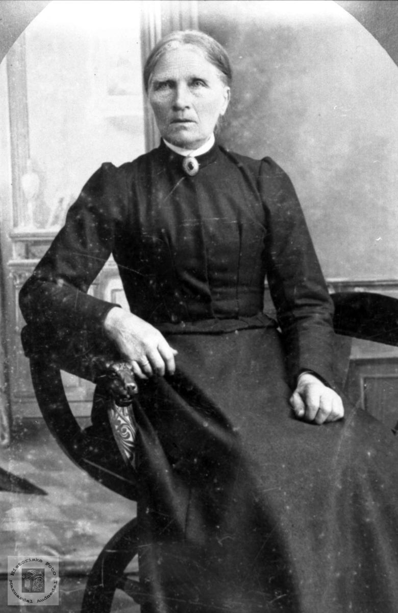 Portrett av Anna Haraldstad, Bjelland.