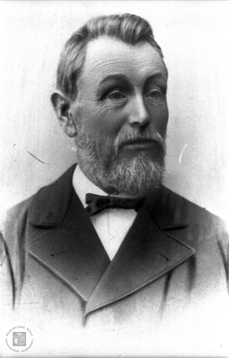 Portrett av Ole G. Fuglestvedt, Øyslebø.