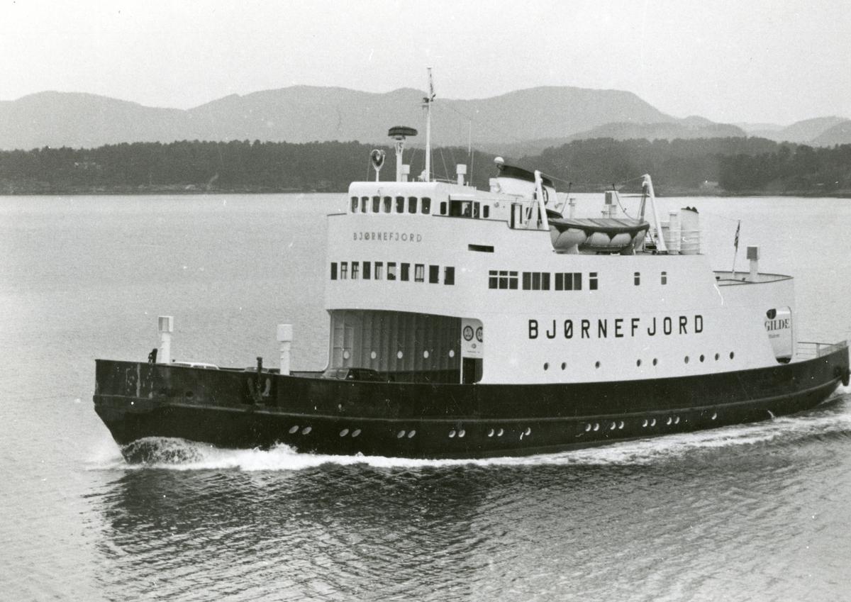 M/F 'Bjørnefjord' (b.1962, Brødrene Lothe A/S Flytedokken, Haugesund).