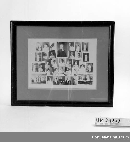 Tavla med brun/röd träram. Glas framför ett collage med porträtt av  konfirmander (31 st) samt porträtt av präst och en interiör och en exteriör från Uddevalla Stadskyrka. Årtal är osäkert men den är från tiden före 1916.