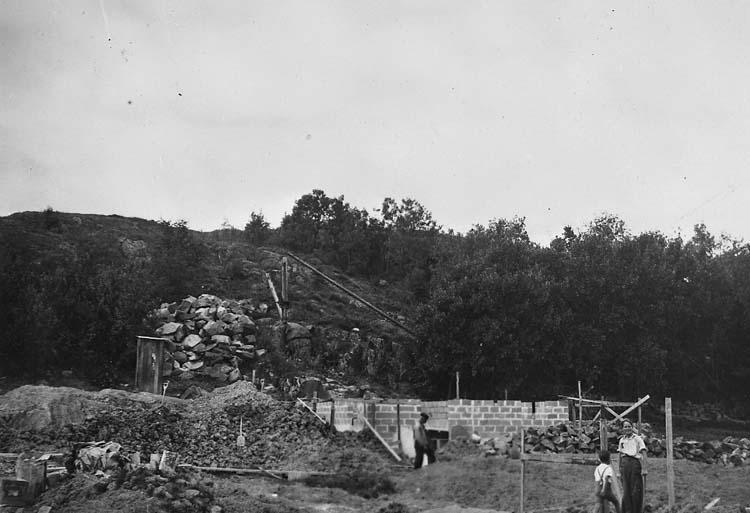 "Enligt text på fotot: ""Egersberg aug 1939""."