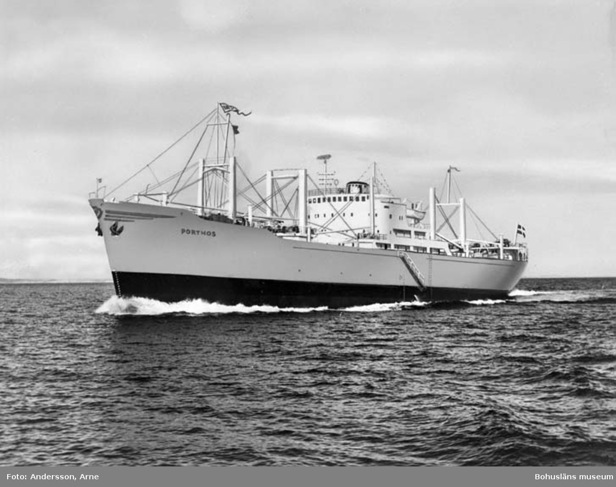 M/S Clary Thordén D.W.T. 7.250 Rederi Thordén Lines AB, Uddevalla Kölsträckning 54-02-09 Nr. 138 Leverans 54-12-19 Lastfartyg