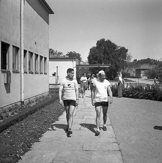 "Enligt notering: ""Backamoloppet 26/5 1947""."