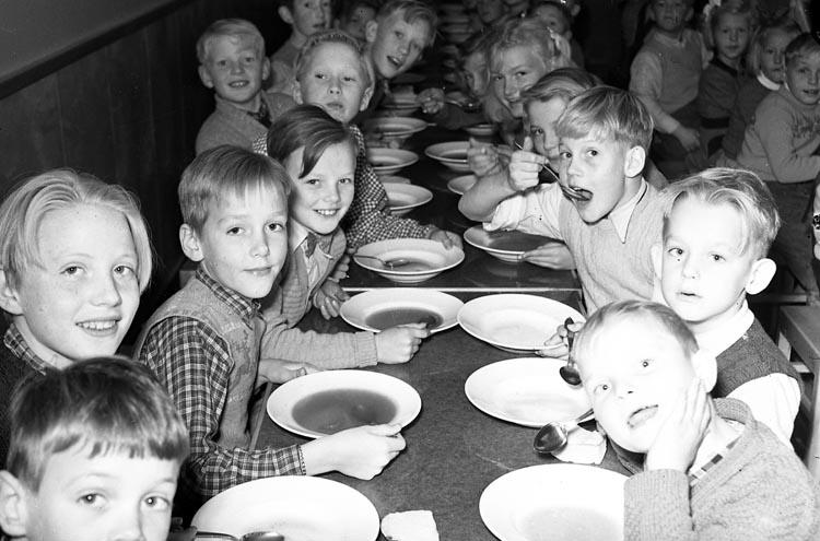 Barnbespisning, Uddevalla våren 1951