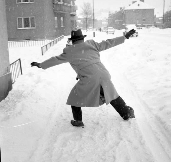"""Enligt notering: """"Snömotiv d 20/1 -59""""."""