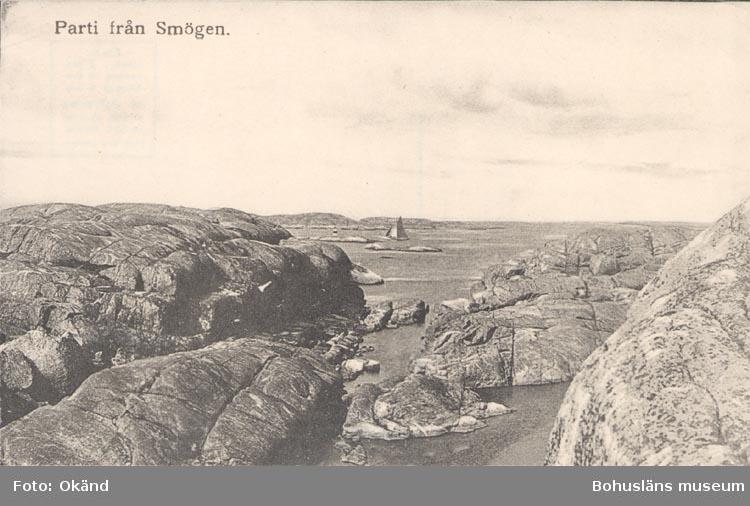 """Tryckt text på kortet: """"Parti från Smögen"""". ::"""
