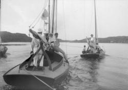 Utanför Oxvik från Koljöfjorden genom Strömmarna 27 juli 190