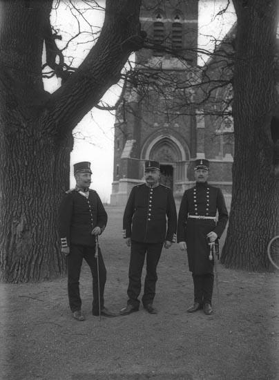 """Enligt fotografens noteringar: """"Leo Sahlberg till vänster taget år 1910 vid 33 års ålder."""""""