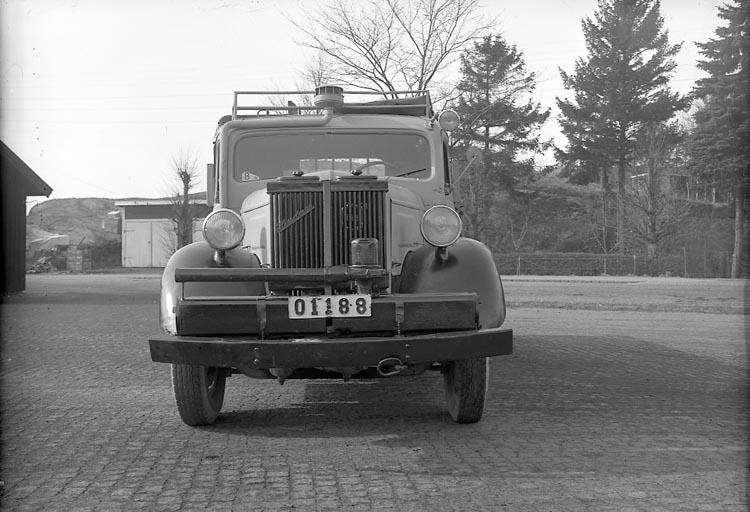 """Enligt fotografens journal nr 7 1944-1950: """"Järnvägen, Statens Göteborg""""."""